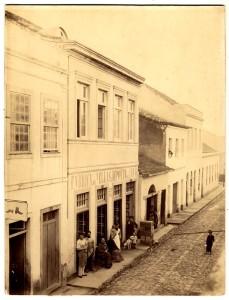 O Beco do Rosário na altura do nr. 25. Coleção Eva Schmidt, Fototeca Sioma Breitman.