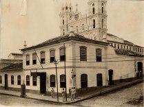 Antigo Quartel General (1º quartel do século XX), sito à Rua dos Andradas esquina com a Rua General Canabarro. foto 273f da Fototeca do Museu Hipólito José da Costa.