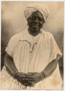 Senhora negra, provável liberta. Virgílio Calegari_ - foto 053 da Fototeca Sioma Breitman (Museu de Porto Alegre).