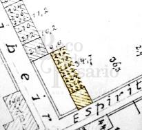 Planta de 1893 Beco do Império Espírito Santo cortiço: Uma fileira de espaços numerados na esquina da Rua Espírito Santo com a Rua Demétrio: uma avenida na Planta Cadastral de 1893?